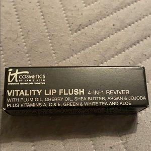 NWT IT Cosmetics Vitality Lip Flush